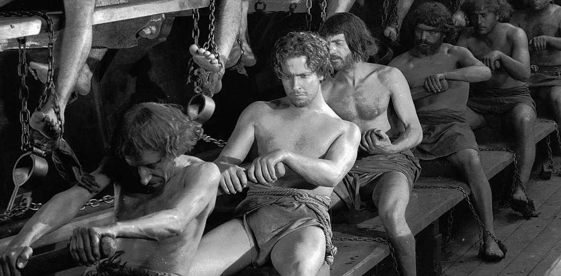 Póst-coronatijdperk: slavenveilingen