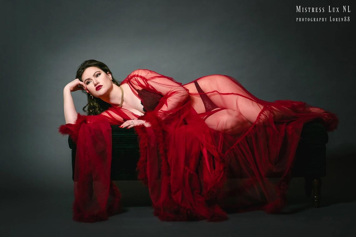 Mistress Lady Lux